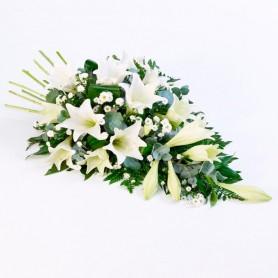 Cubre Urna con 15 Liliums Blancos