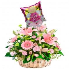 Canastillo Nacimiento 24 Rosas 10 Liliums Rosados con Globo para Niña