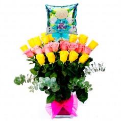 Florero Nacimiento 24 Rosas Amarillas y Rosadas con Globo Es un Niño