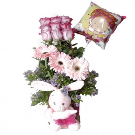 Canastillo Nacimiento 9 Rosas y Flores tonos Rosados con peluche y Globo