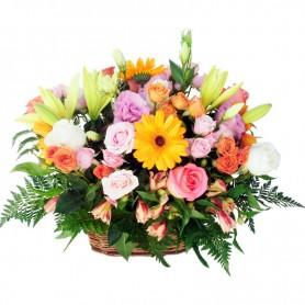 Canastillo de Flores Primaverales Grande
