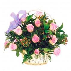 Canastillo de 12 Rosas Rosadas