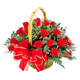 Canastillo de 24 Rosas Rojas