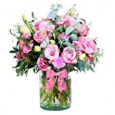 Florero con 10 Lisianthus rosados más rosas rosadas 8 más Flores Rústicas y Eucaliptos