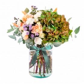 Florero con flores Rústicas con 2 Hortensias Eucalipto más flores mix