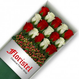 Cajas de Rosas 15 Mix Rojas y Blancas