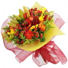 Ramo de Flores Atardecer Tonos Rojos y Amarillos