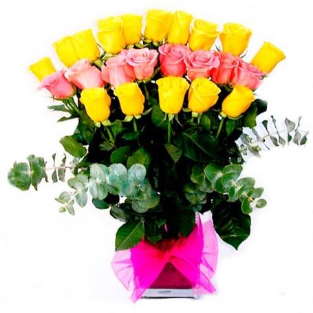 Florero de 24 Rosas-Amarillas y Rosadas