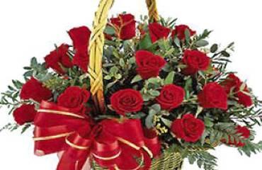 canastillos con rosas a domicilio en La Cisterna